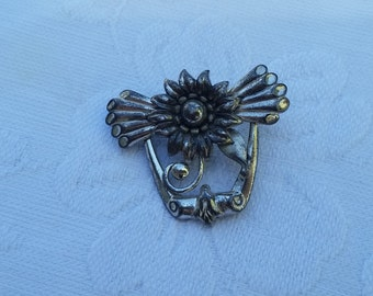 Vintage Sterling Pin With a Flower and Wings