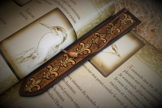 "leather bookmark, embossing leather, medieval, renaissance ""lily flower"", fleur de lys, royal emblem, art stationery"