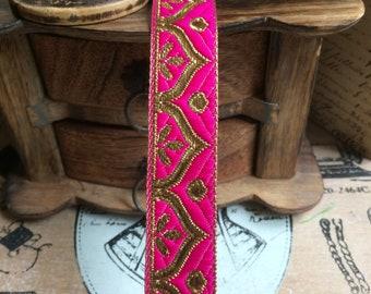 Oriental Jacquard Ribbon fuschia Gold 2.5 cm