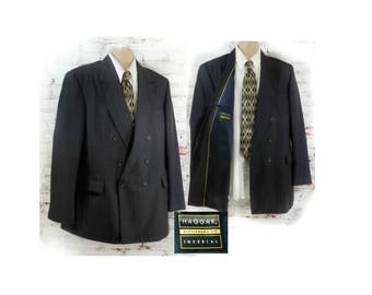 men's black double breasted blazer - men's 1980's  sport coat - men's black tie jacket  - men's wedding jacket  -Size 44 L  # 115