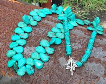 Southwestern Turquoise Necklace \Layering Necklace\\Cowgirl Chic\\Cowgirl Glam\\Southwestern Jewelry