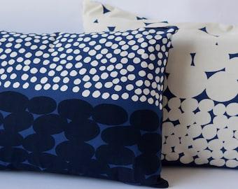 "12""x20"" Marimekko Pillow Cover. Handmade. Pattern: Jurmo by Aino-Maija Metsola.  (30x50cm)"
