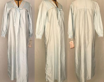 Vintage 80s Deadstock Barbizon Pale Blue Long Sleeved Loose Fit Nightgown / Made in the USA / Women's Size Small, Medium or Large