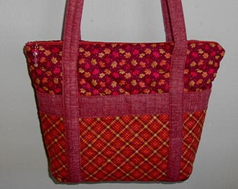 Quilted Fall Purse, Medium Size Footed Purse, Kentucky Crafted