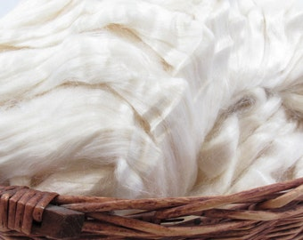 Bleached Tussah Silk Top - Undyed Spinning Fiber / 1oz