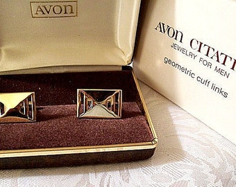 Avon Men Cuff Links Gold Tone Vintage Geometric Square Slotted Open Triangle Bevel Polished