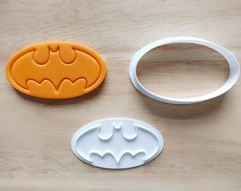 Batman Cookie Cutter and Stamp Set. Super Hero Cookie Cutter. 3D Printed. Baking Gifts. Custom Cookies.
