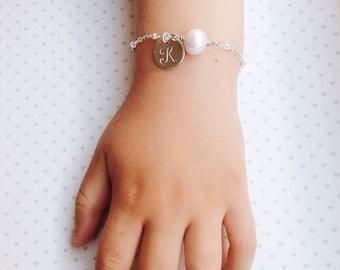 Flower Girl Toddler Bracelet Gold Pearl Bracelet / Gold Bridesmaids Bracelet / Gold Pearl Bridesmaid Bracelet / Wedding