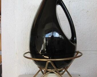 Kenwood Shawnee pitcher carafe with original metal stand,ceramic warmer, Kenwood USA 945, Mid Century ceramic carafe,black and white pitcher