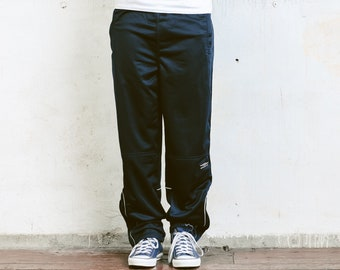 Umbro track pants / Vintage 90s spell out Umbro trousers / Ladies Umbro pants / Vintage men's Umbro hip hop pants / Track suit / Size L nBpIL5