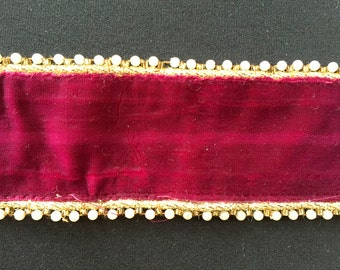 Burgundy Velvet Trim With Pearls And Gold Border Piping - 01L12