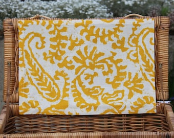 Yellow Linen Placemats, Fabric Placemats, Easter Placemats, Yellow Placemats, Paisley Placemats, Farmhouse Placemats, Spring Placemats