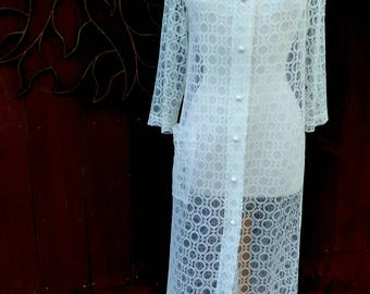 Vintage 1960's White Lace Robe, Vintage Long White Lace Robe, Vintage Bridal Robe, Vintage Bridal Trousseau, Wedding Robe, Free US Ship
