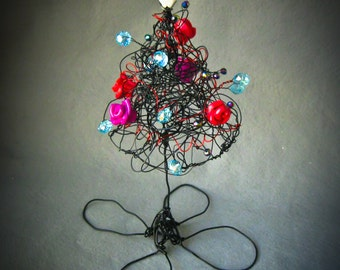 Halloween Tree, Wire Tree, Black Gothic Rose Halloween Tree, Halloween Ornament, Halloween decor, Fall Decor, Art and CollectablesG