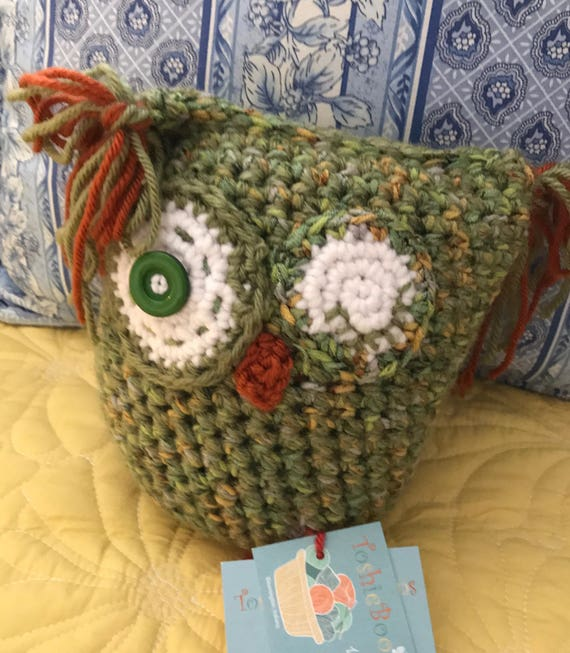 Kooky Owl green, gold and copper glitter yarn