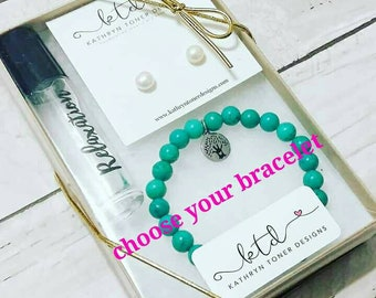 mother's day gift set- teacher gift- gift for mom- healing crystals- gemstone bracelet- gift for her- crystal infused essential oil roller