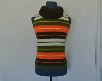 WHOA! Amazing Sleeveless Turtleneck Sweater