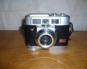 Kodak Motormatic 35 F camera with case 1960s
