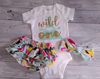 First birthday, outfit, girl, shirt, cake smash outfit, 1st birthday outfit, girls birthday outfit, girl, one year old, birthday, wild one