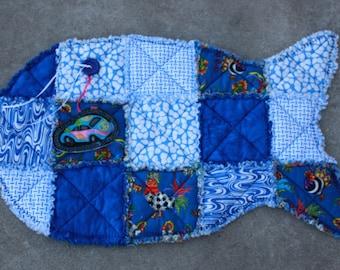 Cat Blanket, Cat Quilt, Cat Bedding, Fish Shaped Cat Mat. Pet Mat, Catnip Mat, Blue Cat Bed, Fabric Cat Bed, Fish Quilt, Fish bed, Pet Mat