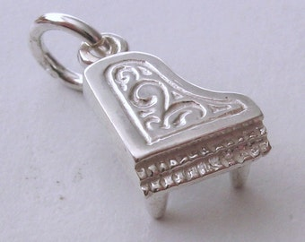 Genuine SOLID 925 STERLING SILVER 3D Piano Music  charm/pendant