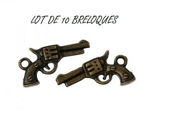 Set of 10 (T11) Bronze revolver gun charms
