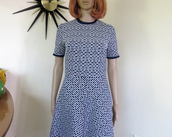 Vintage 60s / 70s mod navy blue & white dress - by St Michael Made in Great Britain
