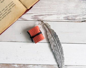 Miniature book bookmark, leather bookmark, book lover gift, reader gift, literary gift, mini book charm, gadget book mark teacher librarian