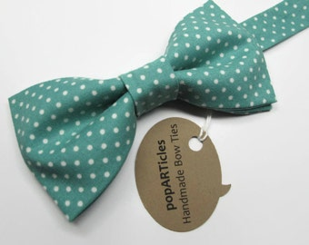 Teal Polka Dot Bow Tie - Handmade with 100% Cotton - Men's Pre-Tied Bow Tie - Teal Bow Tie