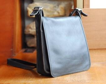 vintage Coach black leather purse / coach legacy studio flap bag