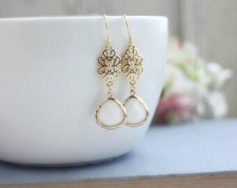 White Glass Filigree Gold Dangle Drop Earrings Bridesmaids Earrings White and Gold Wedding. Bridal Earrings. Plum Wedding, Dainty