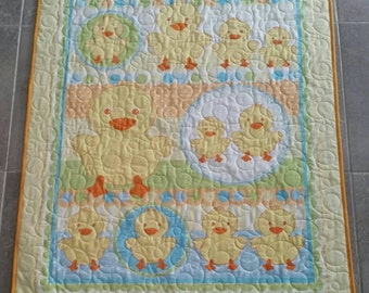 Duck Family quilt, Duck Family blanket, Ducky Family quilt, baby quilt, baby blanket, yellow quilt, animal quilt