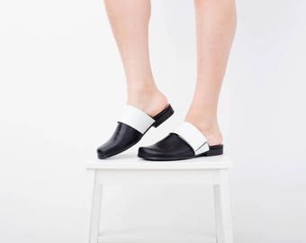 Black mule shoes wide flat close toe mules slides with white leather strap handmade adikilav free shipping