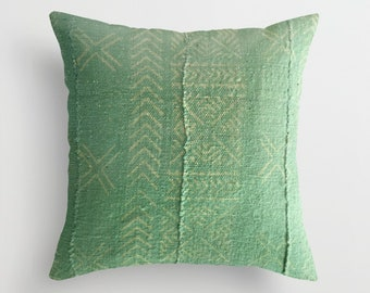 Authentic Green Arrow Mudcloth Pillow Cover, Stylized X's / Snowflake / Double X, Arrows, Light Green, Light Yellow