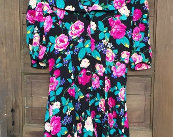 Vintage 80's Mid Length Floral Rayon Romper by Incite size medium