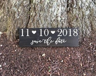 Save the Date Sign, Wedding Date Sign, Bridal Shower Gift, Engagement Gift, Wedding Gift, Wedding Photo Prop, Engagement Photo, Wedding Sign