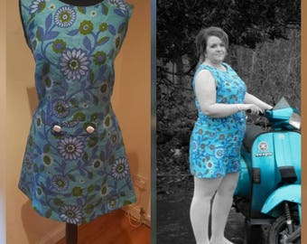 Shift dress in vintage fabric, size 18