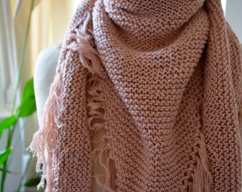 Pink shawl with fringes