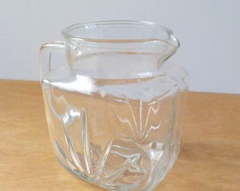 Star Burst Juice Pitcher • Vintage 1960'S • Small Clear Glass Pitcher • Breakfast Pitcher