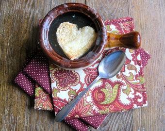 Valentine's Day Cloth Napkins in Burgundy Red- SET of 4 Reversible Napkins- Table Napkins, Cloth Table Napkins