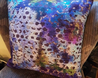 Beautiful cushion made from a Designers Guild fabric called Champ de Fleurs.