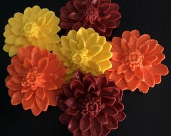 24 Fondant Fall Flowers