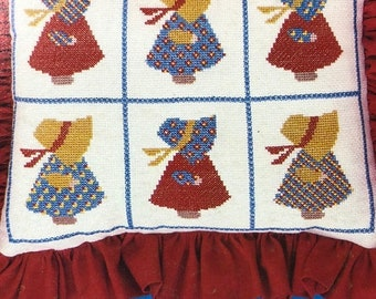 MAYniaSALE Sunbonnet Heirlooms, Vintage 1981, Counted Cross Stitch Pattern Book