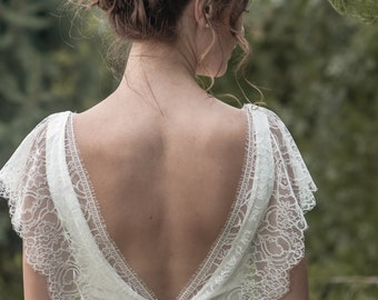 Marie -> Wedding dress in crepe and French lace. Romantic wedding gown. Bohemian, vintage inspired. Boho bride. Classic, timeless dress