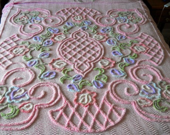 English PINK Vintage chenille BEDSPREAD, full spread skirted queen