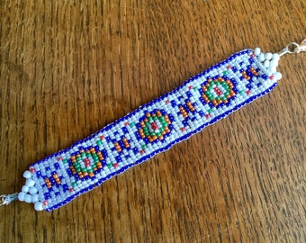 Bryce woven white and multicolor beads