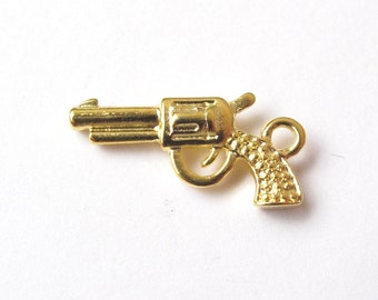 Golden or silver plated pistol charm 22x12mm (2 pieces)