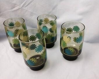 Vintage green and blue sunburst glasses, midcentury blue and green sunburst glasses, green and blue glasses, 4 blue yellow and green glasses