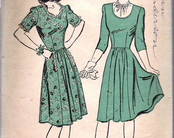 Vintage 1943 Advance 3304 WWII Scoop Neck Dress Sewing Pattern Size 13 Bust 31""