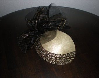 1960s Gold and Black Fascinator Hat with Elastic Hair Strap by Barnelle